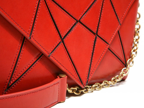Сумка на цепочке с апликацией (SHOULDER BAG paprika 40021)бордо Vionnet з12